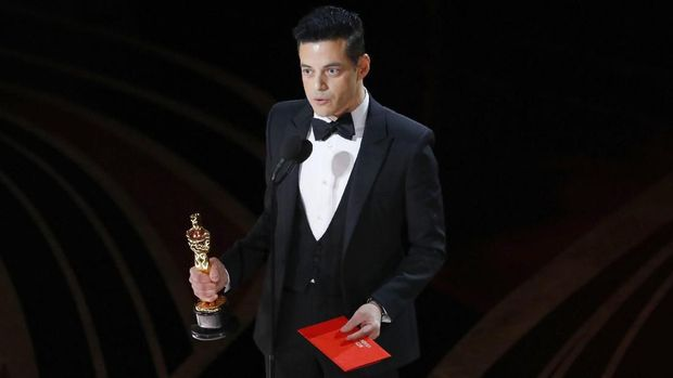 Rami Malek menyampaikan pidato kemenangannya di Oscar 2019.