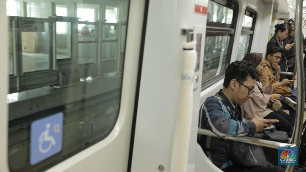 Mau Naik LRT Jakarta Gratis? Ini Caranya