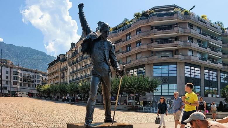Patung Freddie Mercury di Montreux (iStock)