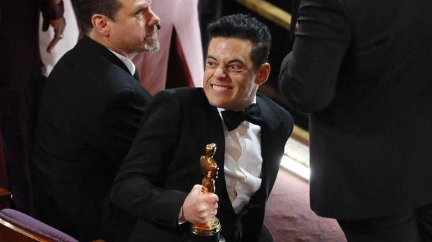 Rami Malek raih Oscar berkat penampilannya di 'Bohemian Rhapsody'.