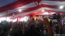 Mendapat Energi Baru di Gresik, Prabowo Merasa 10 Tahun Lebih Muda