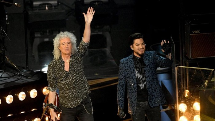 HOLLYWOOD, CALIFORNIA - FEBRUARY 24: (L-R) Adam Lambert and Brian May of Queen perform onstage during the 91st Annual Academy Awards at Dolby Theatre on February 24, 2019 in Hollywood, California. (Photo by Kevin Winter/Getty Images)