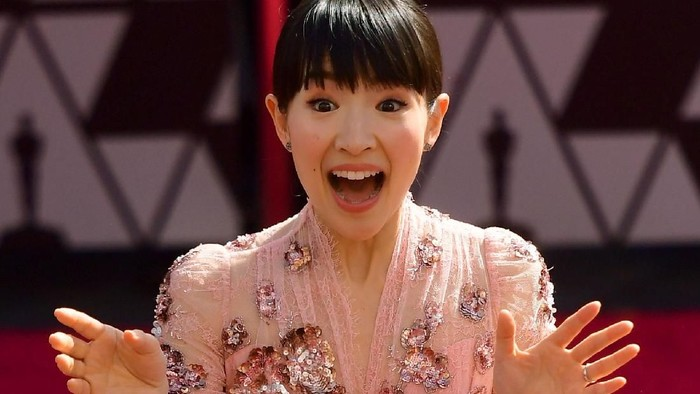 Marie Kondo di acara Oscars 2019. Foto: Matt Winkelmeyer/Getty Images