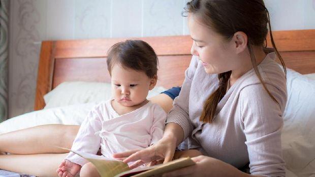 Ilustrasi buku bacaan untuk bayi