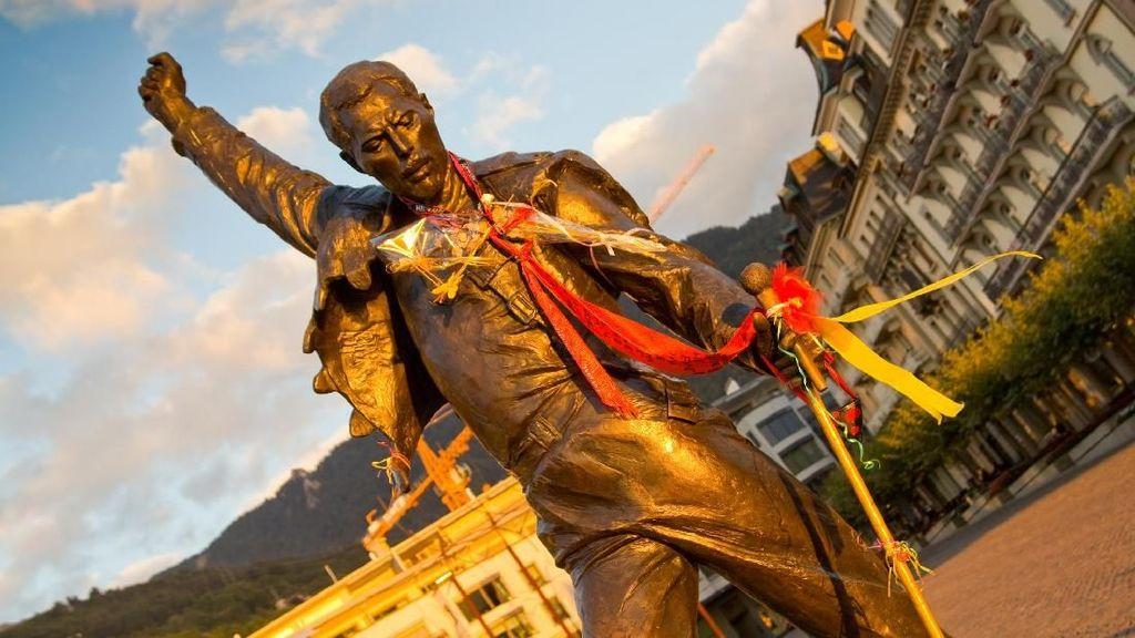 Foto: Yuk Lihat Lagi Patung Freddie Mercury di Swiss