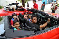 Ahok Naik Mobil Pak Camat, Kepa Bisa Beli Ferrari Sekali Main