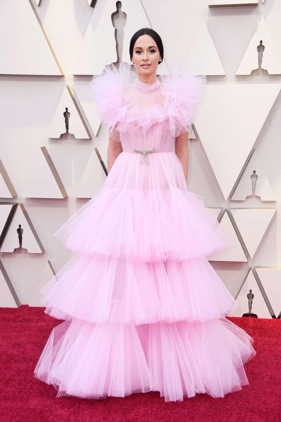 Kacey Musgraves hingga Constance Wu, Seleb Cantik di Oscar 2019