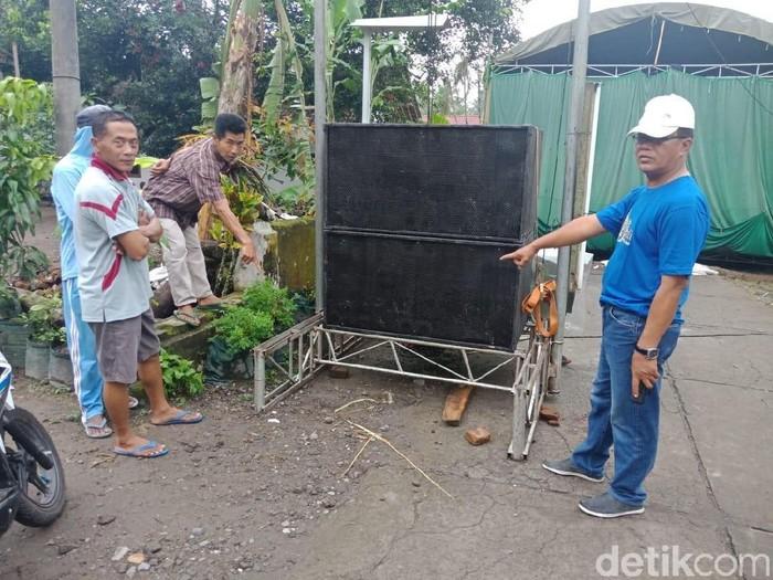 Lokasi bocah meninggal di depan sound system/Foto: Istimewa