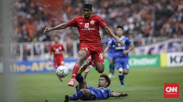 Bruno Matos cetak dua gol ke gawang PSS Sleman.