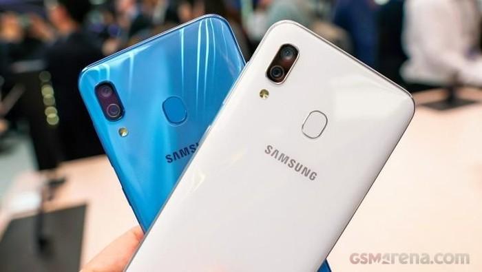 Salah satu seri A dari lini Samsung Galaxy yang sudah diperkenalkan tahun ini. (Foto: GSM Arena)
