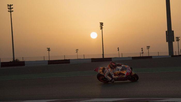 Marc Marquez finis ketiga di hari terakhir tes MotoGP Qatar. Foto: Mirco Lazzari gp / Getty Images
