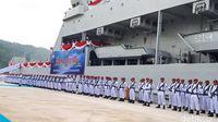 Menhan Hadiri Serah Terima KRI Teluk Lada- 521 di Lampung