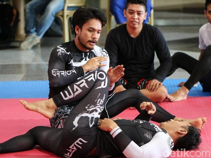 Randy Pangalila tengah menggeluti Mixed Martial Arts atau MMA (Foto: Ayunda Septiani/detikHealth)