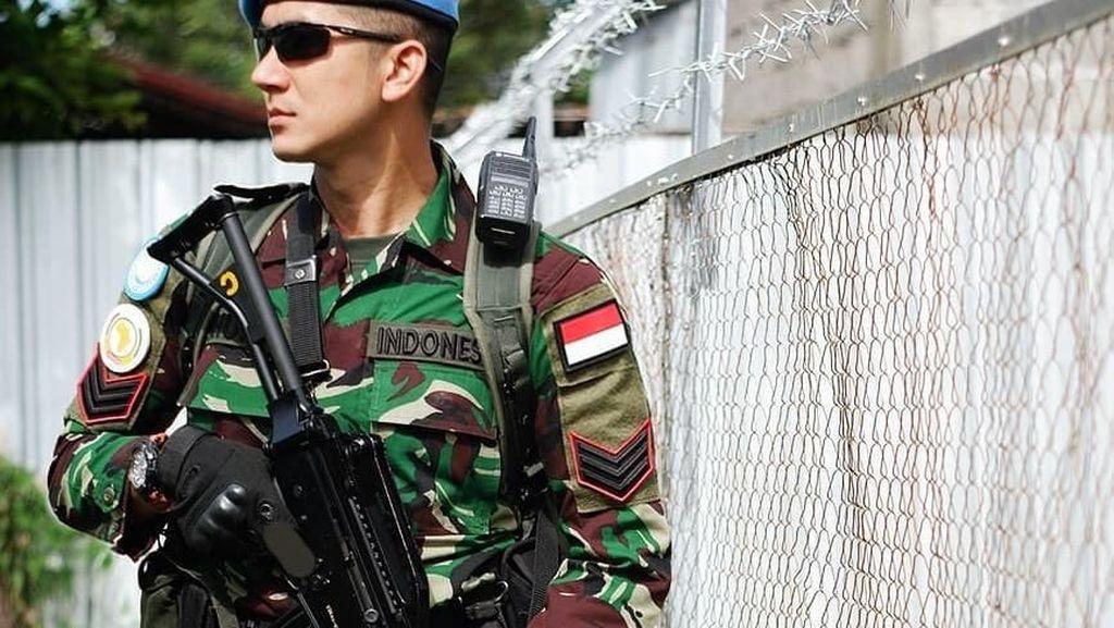 Intip Pose Kulineran Tentara Ganteng Dhuha Al Fatih