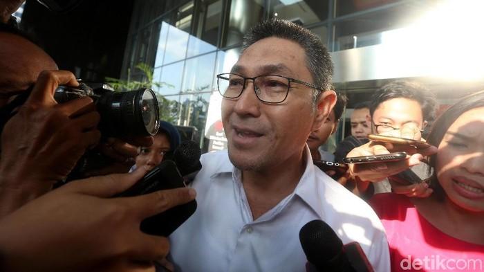 Anggota DPR Fraksi PAN Sukiman setelah diperiksa KPK. (Ari Saputra/detikcom)