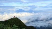 Infografis: 12 Syarat Pendaki Gunung Andong