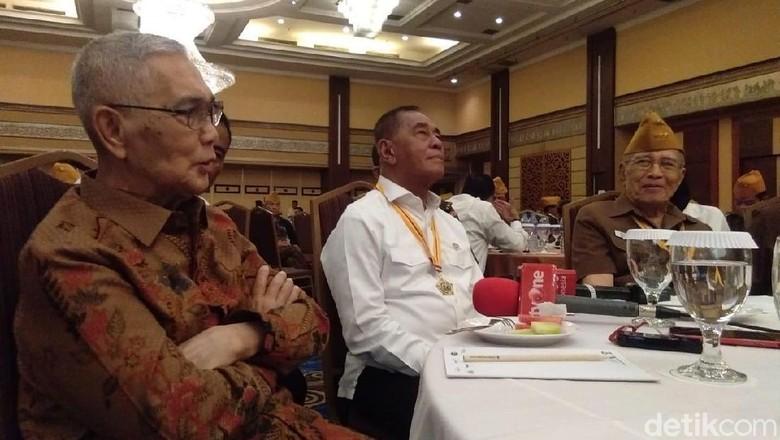 Disurati Ahmad Dhani, Menhan: Masalah Hukum, Politik Nggak Ikut Campur