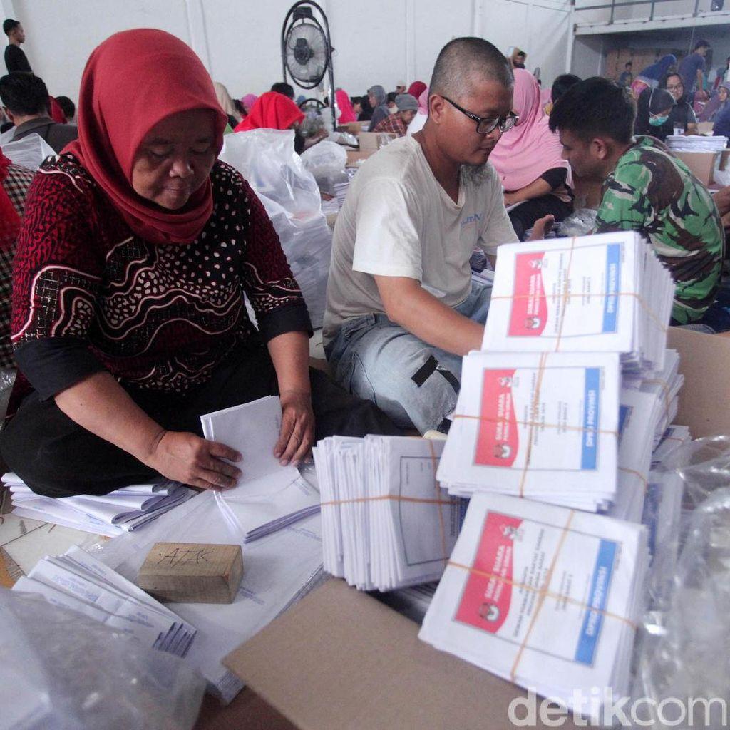 KPU Bombana Kekurangan 17.985 Surat Suara