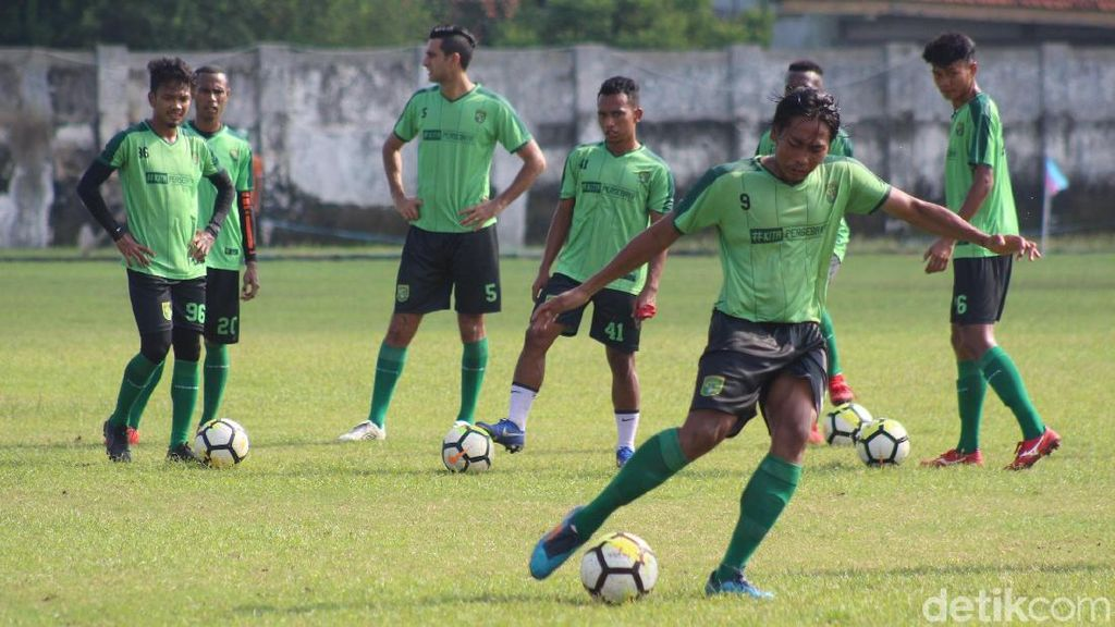 Persebaya Tak Sepelekan Lawan di Piala Presiden