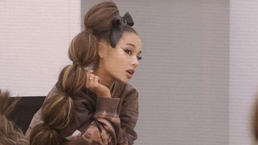 Ariana Grande, Sang Ratu Instagram