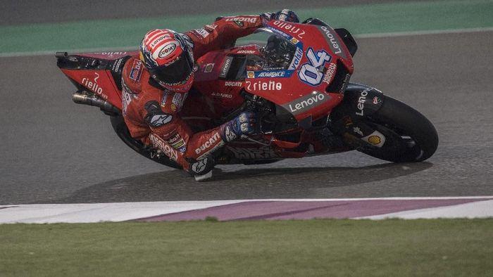 Andrea Dovizioso tak puas dengan hasil tes MotoGP Qatar. Foto: Mirco Lazzari gp / Getty Images