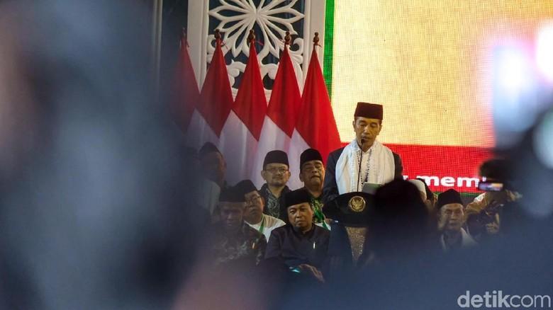 Ajak NU Perangi Hoax, Jokowi Singgung Kampanye Hitam Larangan Azan