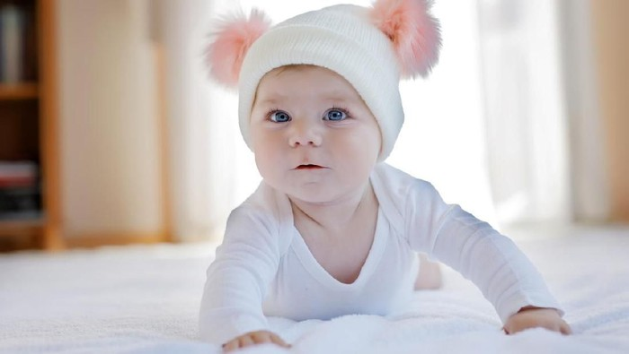 22 Nama Bayi Perempuan dengan Arti Mulus dan Lancar