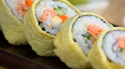 Resep Sushi Salmon Telur, Pas Buat Bunda yang Ngidam Sushi