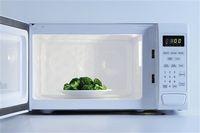 Mau Masak Brokoli yang Hijau Cantik Seperti Bikinan Resto? Ini Tipsnya