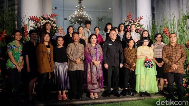 Ragam Karya 21 Perupa Perempuan Kontemporer Lewat Pameran 'Into the Future'