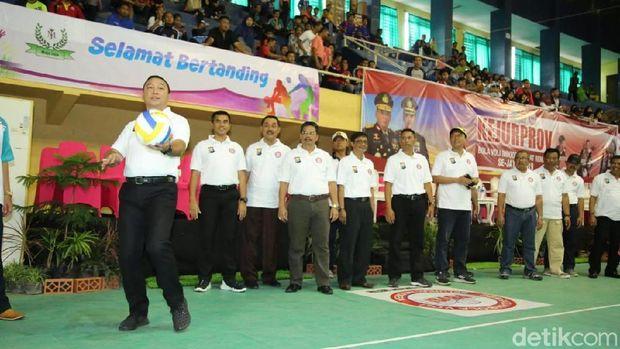 Kejuaraan Provinsi (Kejurprov) Bola Voli di Banyuwangi dibuka/