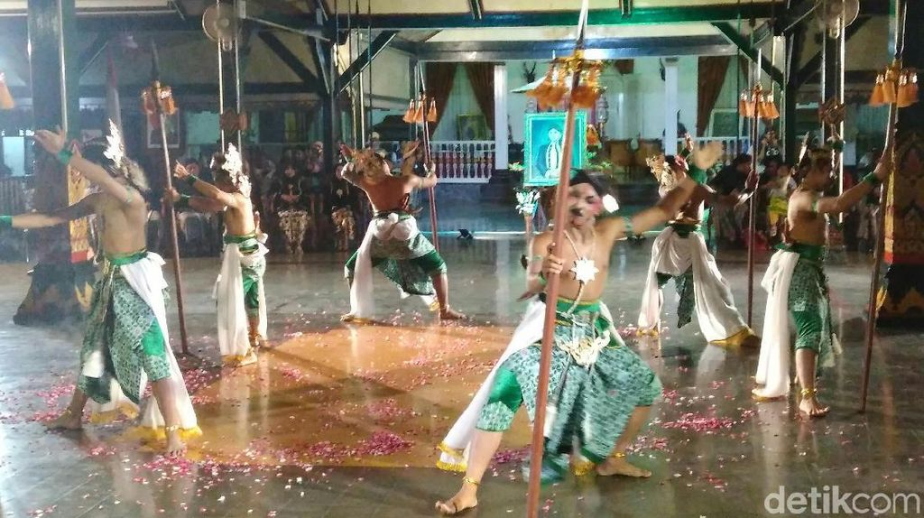 Upacara Sakral Jumenengan di Purworejo Ramai Diminati Wisatawan