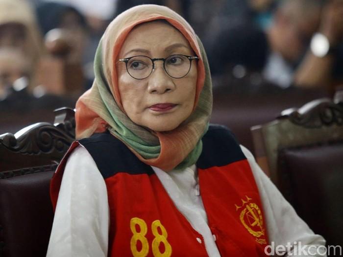 Ratna Sarumpaet menjalani sidang perdana kasus hoax penganiayaan. (Grandyos Zafna/detikcom)