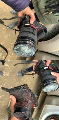 Kamera Leica Gabriele Micalizzi yang terkena peluru.