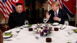 Makan Malam Bersama, Trump dan Kim Jong Un Makan Pir Kimchi dan Chocolate Lava Cake