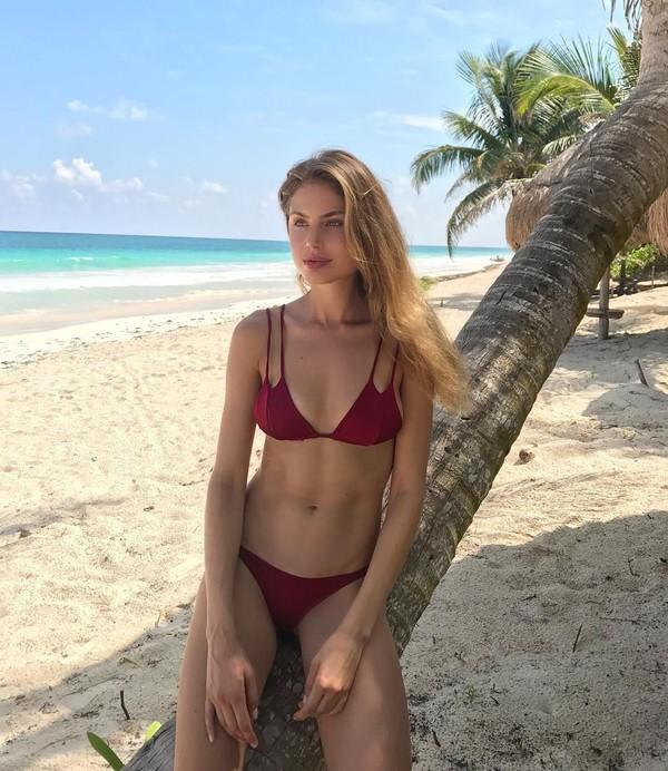 Selain sibuk di dunia model, dia juga menghabiskan waktu untuk traveling (majakrag/Instagram)