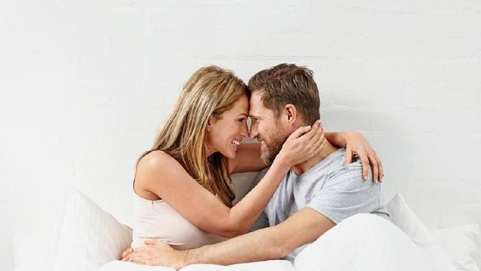 Ilustrasi pasangan menikah. Foto: iStock