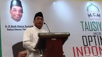 Hadiri Tausiah di Tangsel, Budi Karya Bicara soal Masjid Bikin Sejuk