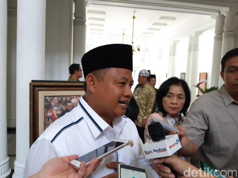 Kampanyekan Jokowi-Maruf, Wagub Uu Klaim Tetap Jalankan Tugas