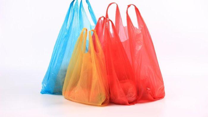 aturan lengkap larangan belanja pakai kantong plastik di dki larangan belanja pakai kantong plastik