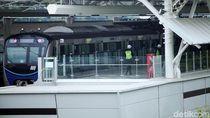 MRT Izinkan Penumpang Minum Air Putih dan Makan Kurma Saat Berbuka Puasa