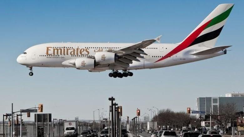 Ilustrasi pesawat berbadan lebar A380 dari Emirates (ABC Australia)