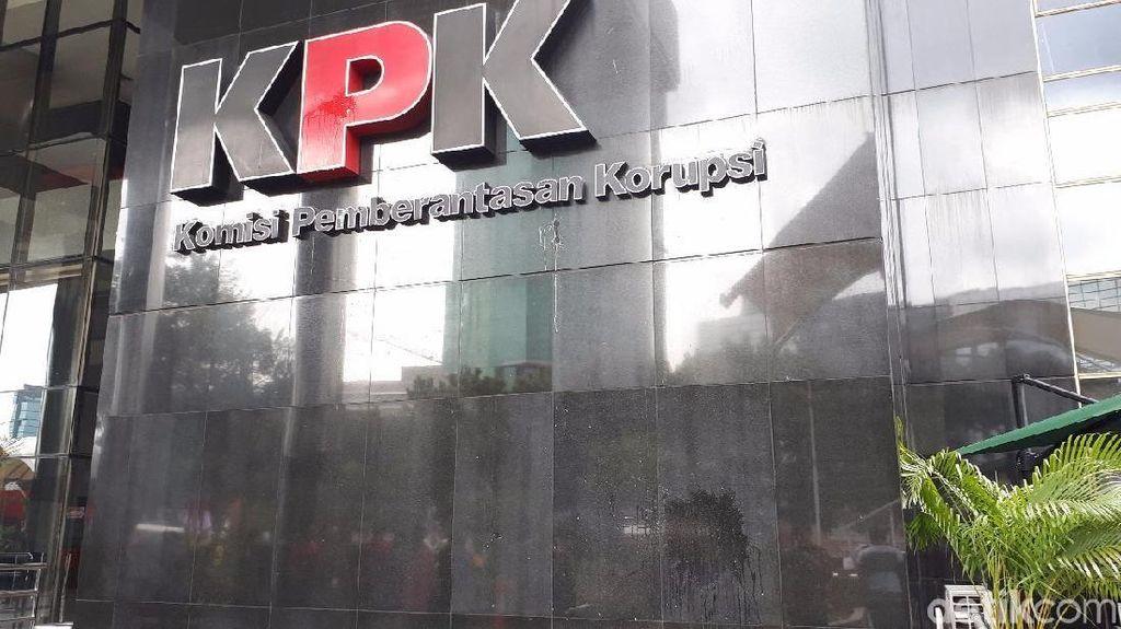 Staf Cucu Usaha PT Humpuss yang Terjaring OTT KPK