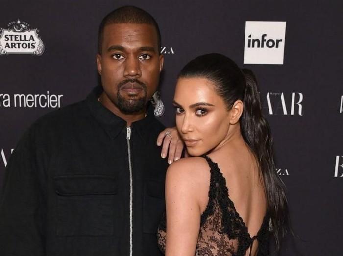 Kim Kardashian Kanye West Sarapan