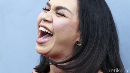 Pujian Melaney Ricardo untuk Luna Maya
