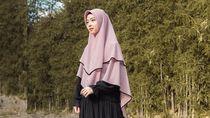 Gaya Syari Terbaru Lindswell Kwok yang Dipuji Netizen Makin Cantik
