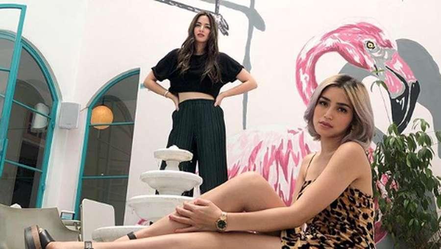 Nia Ramadhani dan Jessica Iskandar, Dua Host Kece nan Seksi
