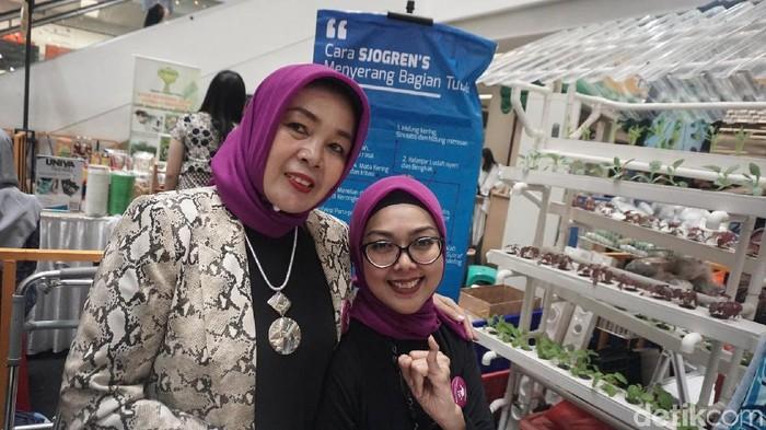 Evi Parwati (kiri) dan Wulan Triwidiastuti (kanan) (Foto: Khadijah Nur Azizah/detikHealth)