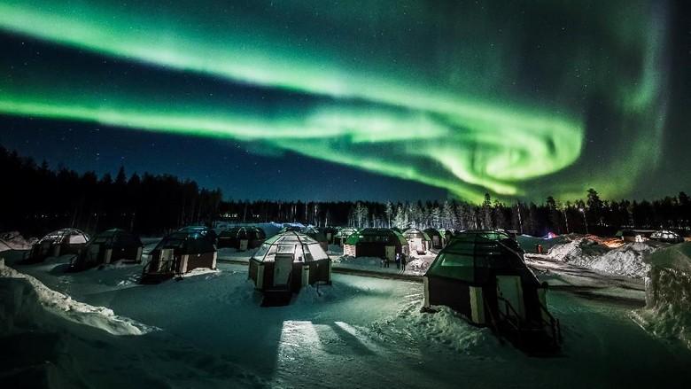 Aurora Borealis merupakan salah satu fenomena langit yang paling indah. Penasaran seperti apa penampakannya di langit Finlandia?
