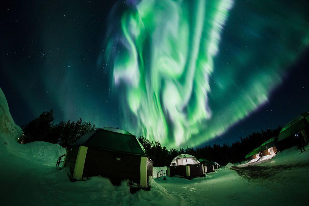 Ini merupakan penampakan dari aurora borealis di Finlandia. Foto: REUTERS/Alexander Kuznetsov.